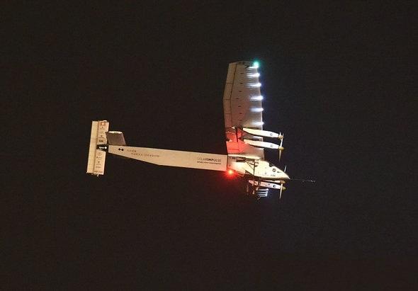 太阳能飞机迫降日本 环球飞行再次面临挑战-新闻