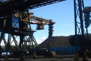近四成上市煤企预计2015年首度亏损 兼并重组大潮尚未到来