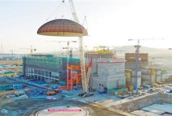 红沿河核电站5号机组完成穹顶吊装