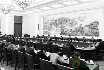 人大常委会审议二〇一六年度环境状况和环保目标完成情况报告