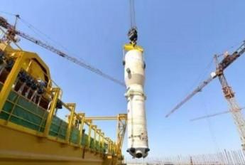 华龙一号海外首堆第三台蒸发器吊装成功!